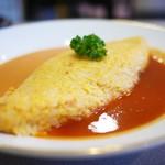 津々井 - 料理写真:タラバガニのトロトロオムライス