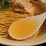 88942151 - 鶏ガラ+塩スープ