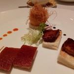 Shang Palace - 料理写真:仔豚のロースト、蜂蜜ソースがけクリスピーフォアグラトースト、 海老団子のカダイフ揚げ