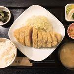 88948498 - 宮崎県産黒豚 特ロースかつ(250g)定食
