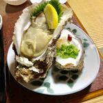 魚平食堂 - 鹿嶋産特大岩ガキ  1ケ1000外