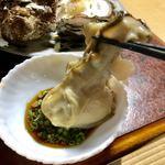 魚平食堂 - 岩ガキ