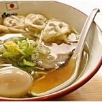 鬼そば 藤谷 - 鬼塩ワンタンラーメン味玉入り 1100円 麺とスープが美味しい、地力のあるラーメンです。