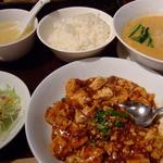 日比谷園 China Cafe&Dining - ランチセット ハーフ坦々麺と麻婆豆腐