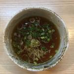 麺処 鶏谷 - つけ汁