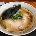 龍横健 - 料理写真:肉そば小盛850円モモ肉うす口+海苔50円