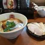 88963394 - 鶏醤油らぁ麺 チャーシュー増し