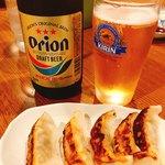 まーちゃん食堂 - オリオンビールと島唐辛子餃子
