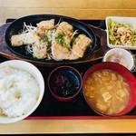 魚浜 - 名物・マグロ生姜鉄板焼き(999円)