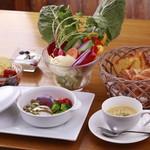 野菜がおいしいレストラン LONGING HOUSE - 選べるメインディッシュ