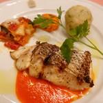 ピッツェリア・サバティーニ - 長崎産鮮魚のグリル赤いピーマンとオレンジのソース