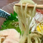 メンドコロ キナリ - 麺