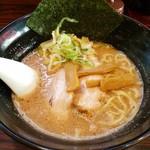 ラーメン長山 - ラーメン 700円