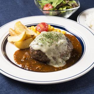 ランチも充実◎熟成肉のハンバーグはじめとした豊富なメニュー!