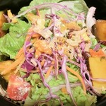 SALVATORE CUOMO & BAR - 揚げカボチャと緑黄色野菜のサラダ