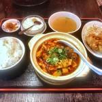 88982701 - 日替わりランチ(麻婆豆腐)ご飯おかわり自由