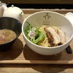 88990718 - 煮干しつけ麺(950円)