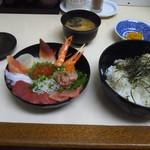 お食事処 こずえ - 海鮮丼( ̄∇ ̄*)ゞ
