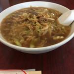 東幸飯店 - 豚の胃袋炒めそば(874円)