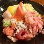 とみ家 - 海鮮丼(上)