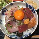 89011090 - 海鮮丼 大、