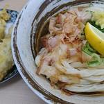 黄金の穂 - 料理写真:かしわ天ぶっかけうどん(冷)
