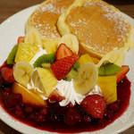 89019293 - フルーツパンケーキ