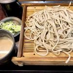 嵯峨谷 - ゴマだれ蕎麦450円