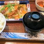 泉 - 料理写真:白身魚の野菜餡かけ850円税込