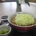 メイプルふれあいセンター 軽食コーナー - 地元産キャベツを贅沢に200g使用したキャベツラーメン500円。