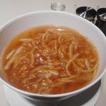 89031912 - フカヒレの煮込み入りスープ麺
