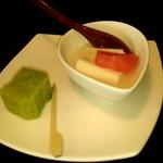 座忘庵 - 杏仁豆腐。