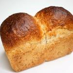 Boulangerie bee - 高山全粒粉 520円