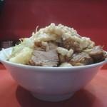 ラーメン二郎 - 小豚※ニンニク少し、ヤサイ、アブラの標高