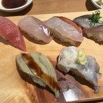 寿司処 都々井 - にぎりその1