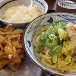 丸亀製麺 - ぶっかけ並+野菜かき揚げ+ご飯