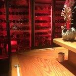 89041577 - ワインも多数。