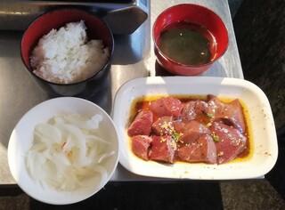 神保町食肉センター 赤羽店 - ランチ 950円