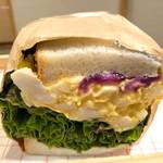 ロッカアンドフレンズ パピエ キョウト - 柴漬けたまごのサンドイッチ(340円)