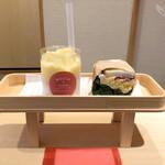 ロッカアンドフレンズ パピエ キョウト - スムージー&サンドイッチ