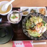 六甲苑 - 「あんかけ炒麺 野菜たっぷりあんかけそば」 2018.03.13
