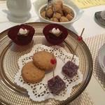 ル レストラン マロニエ - 甘酸っぱいマンゴーのムース