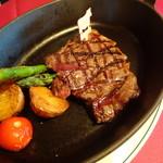 クッチーナ雪月花 - A5和牛シャトーブリアンフィレ肉のステーキ