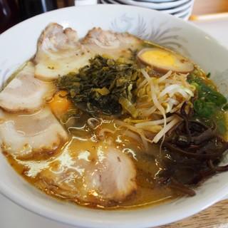 ラーメン角萬 - 料理写真:特製ラーメン