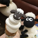 ひつじのショーン ファームカフェ - 料理写真:ショーンのソフトクリーム(税別500円)