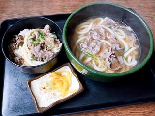 三福 - 肉うどんとミニ肉丼