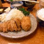8906526 - カニクリーム ヒレ定食 1260円
