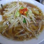 カツミ軒 - 野菜ラーメン[570円](2011/8/3)