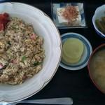 ラーメンの味平 - 料理写真:カレーチャーハン