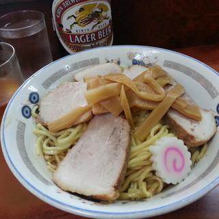 珍々亭 - 料理写真:チャーシュー油そば(並)※タレ多め&瓶ビール(大瓶)2018.17.7